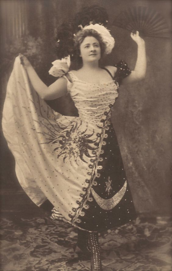 Sadie Martinot Mysterious American Actress & por TheVintageProphecy