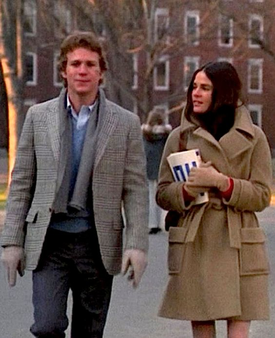 Ali MacGraw and Ryan O'Neal- Love Story-1970
