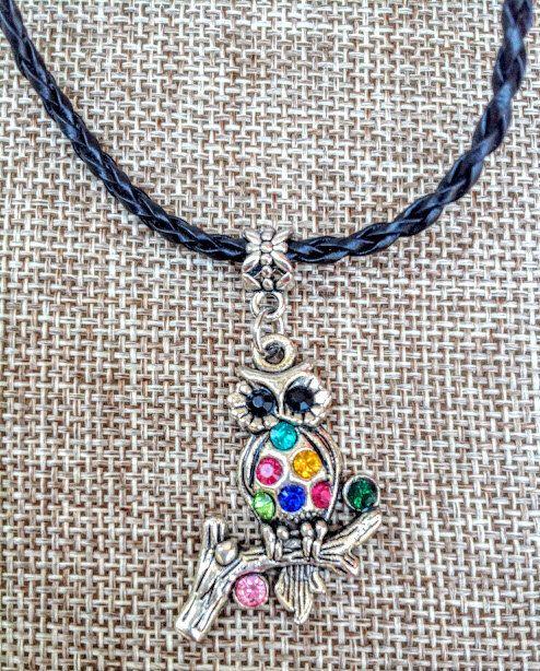 Un favorito personal de mi tienda Etsy https://www.etsy.com/es/listing/471391277/1-collar-buho-encanto-colgante-collar