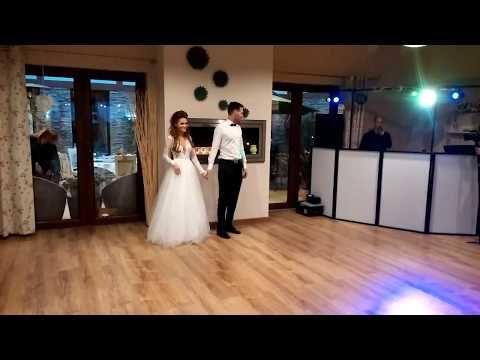 Wyjatkowy Pierwszy Taniec Zdolnej Pary Asia I Dominik 2017 Best Wedding Dance All Of Me Chantaje Youtube Hochzeit