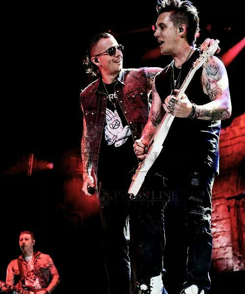 M. Shadows and Syn