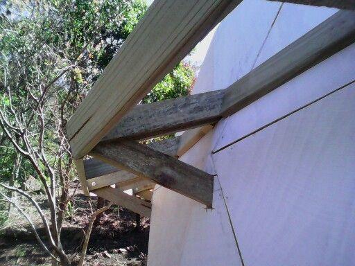 Domo geodesico, detalles de la estructura de aleros http://comoconstruirundomo.info/como-construir-un-domo-geodesico-tutorial/