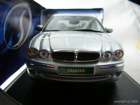 Modèle réduit récent de la marque Jaguar à retrouver sur http://www.freeway01.com/miniatures-jaguar-xsl-253_283.html