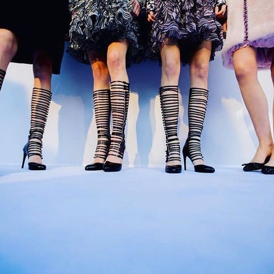 Parisian Chic done right @giambattistapr  #GiambattistaValli #Shoes #Love #Runway #Show #PFW #Black #Patent #MassimoBoniniShowroom