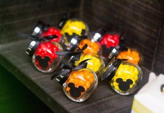 Criando Festas Lembranças Finas e Papelaria Personalizada: Mickey e Romero Britto