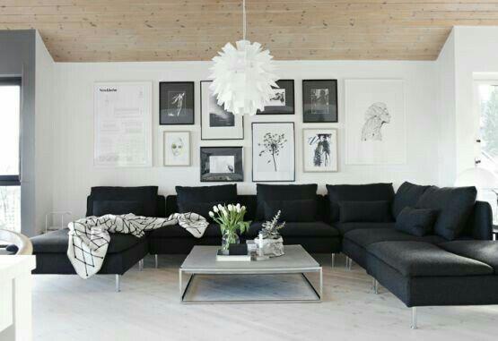 Sala sencilla en contraste