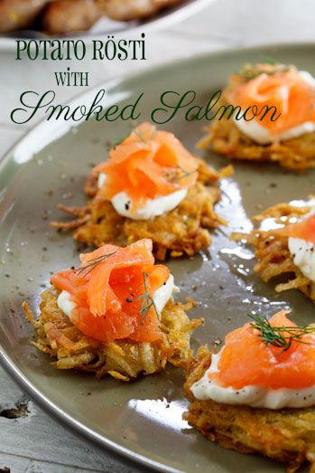 rösti with smoked salmon with cream cheese