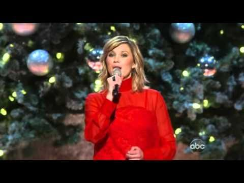 ▷ CMA Country Christmas 2013 ((Full Show)) - YouTube | I LOVE ...
