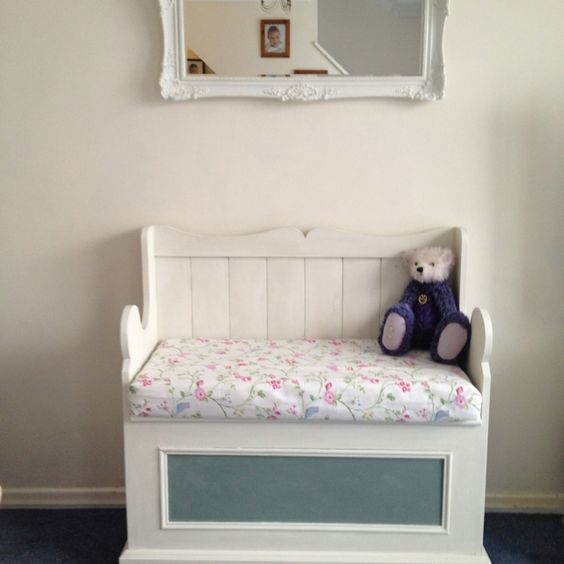 monks bench painted in annie sloan chalk paint cushion covered in clark and clark bird bench painted chalk paint