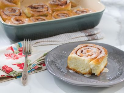 Cinnamon-Orange Rolls Recipe : Trisha Yearwood : Food Network