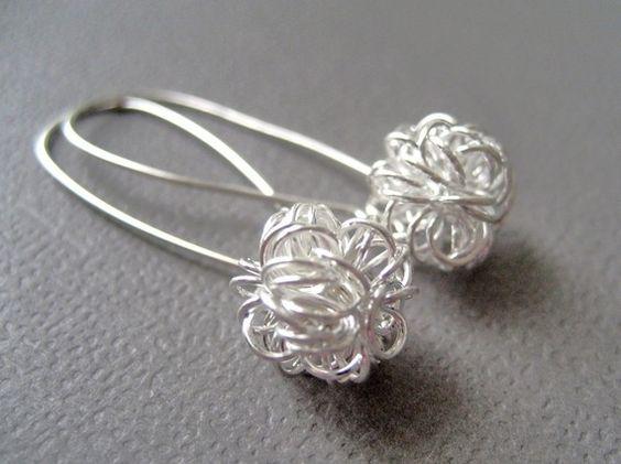 Boucles d oreille / Dandelion Earrings Silver Wire Ball Kidney sterling par CuteJewels