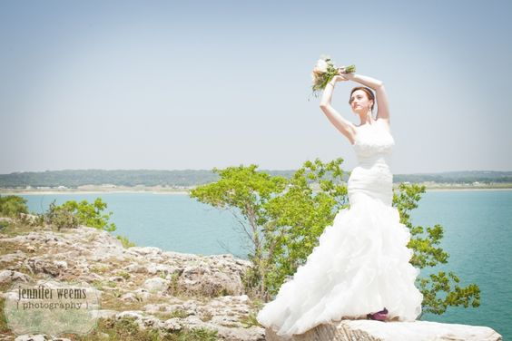 Beautiful New Wedding Venue – Events At The Pointe » Jennifer Weems Photography, Austin Wedding Photographer, Austin Wedding Photography, Wedding at the Lake, Wedding on the water, Beach wedding, wedding fashion