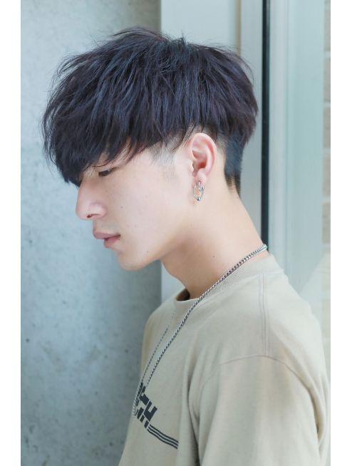 ワイルドツーブロック サイドパートマッシュ クラウドマッシュ L021468550 リップス 表参道店 Lipps のヘアカタログ ホットペッパービューティー 韓国人の髪 メンズヘアカット メンズ ヘアスタイル