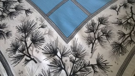 Vintage Dunmoy Irish linen table cloth Mid by BlindDogVintage