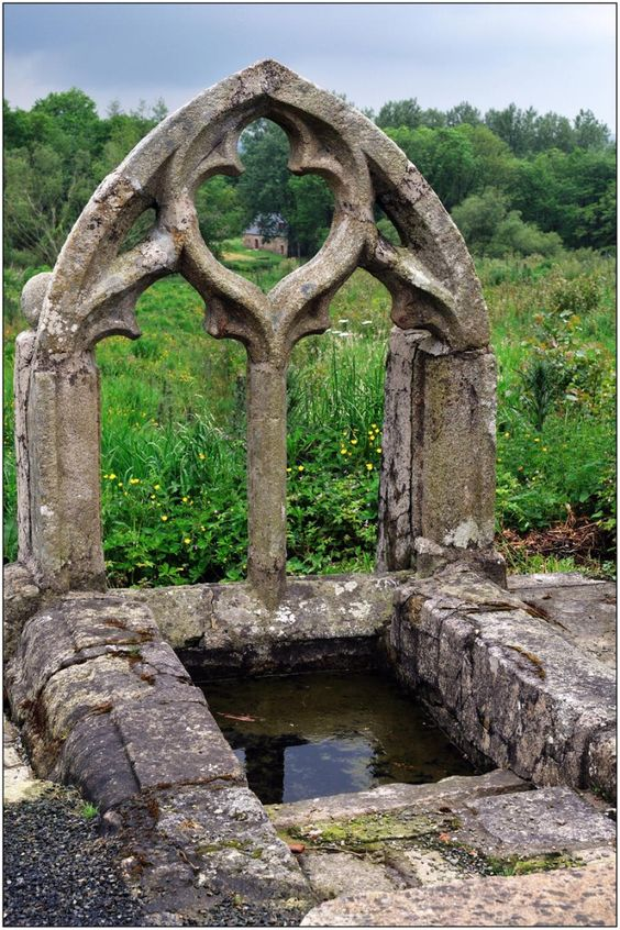 Tréglamus, autour du bourg de Tréglamus, Fontaine Saint-Blaise