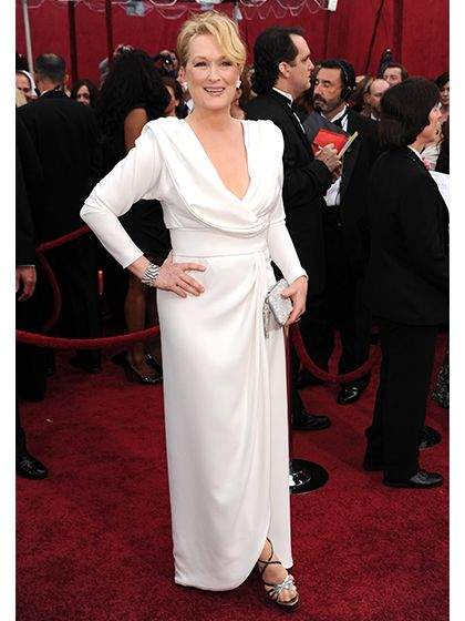 After being nominated for playing lovable but frumpy Julia Child in Julie & Julia, Meryl Streep arrived on the carpet to prove she's no schlump.