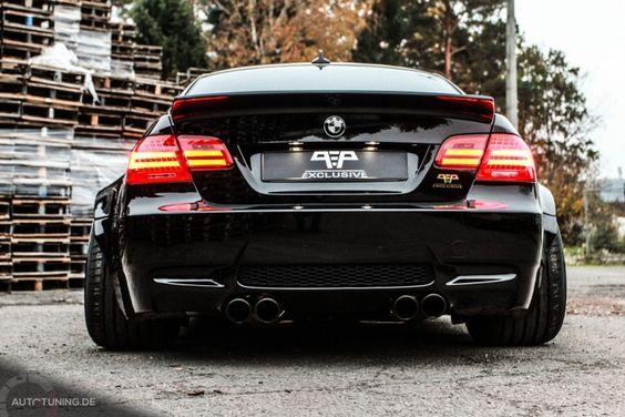 BMW M3 Liberty Walk: Das schwarze Breitbau-Monster