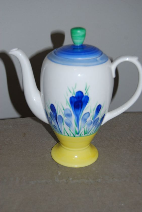Exquisite inspired Blue Crocus pattern by Clarice Cliff & Moorland - Signed