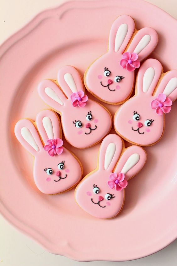 pink bunny cookies. Repinned by www.cookiecutter.com #easter #bunnies: