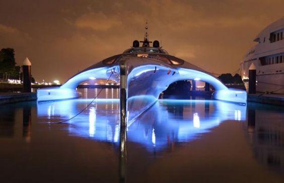 Adastra Super Yacht : bienvenue dans le futur #Yacht #Futur
