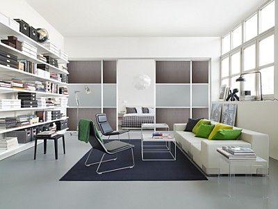 Del et stort rum med skydedøre. eksempelvis mellem stue og et ...