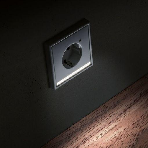 Homeplaza Kleines Licht Grosse Wirkung Led Steckdose Erleichtert Orientierung Im Dunkeln Led Steckdosen Elektroinstallation