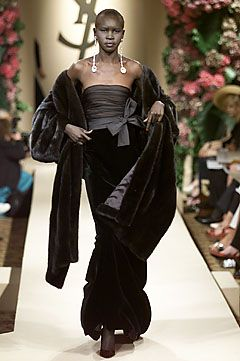 yves saint laurent fall 2001 couture elegant design pinterest cara delevingne runway and. Black Bedroom Furniture Sets. Home Design Ideas