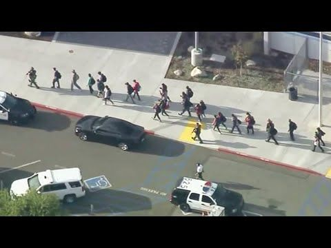Watch Live Soon Police To Hold News Conference On Shooting At Californi California High School Saugus High School School Shootings