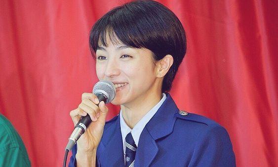 監獄のお姫さまの記者会見の満島ひかり