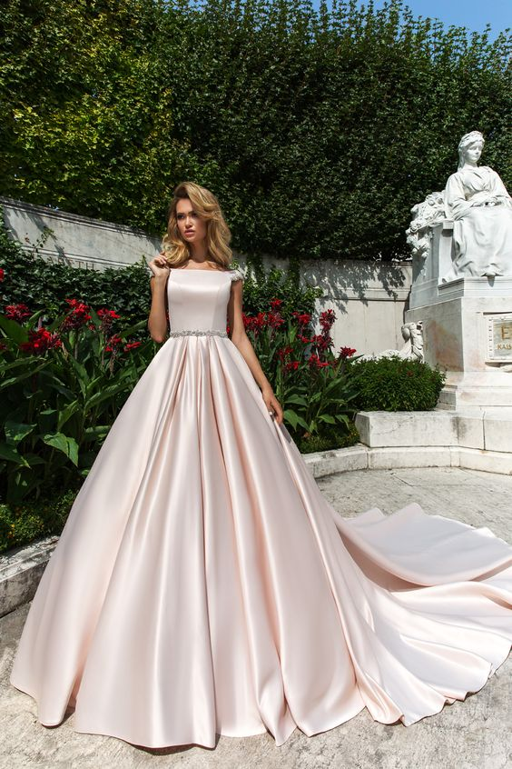 Josleen - wedding dress by Crystal Design