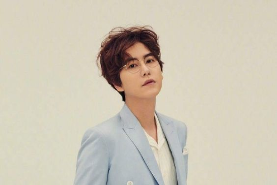 "Super Junior's Kyuhyun In Talks To Join Cast Of ""Salty Tour"" After Military Discharge"