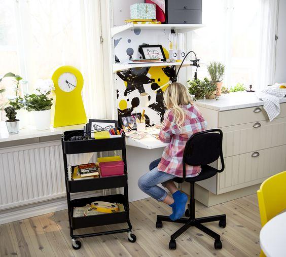 La silla de estudio perfecta existe, y su nombre es ÖRFJÄLL (€39,99).