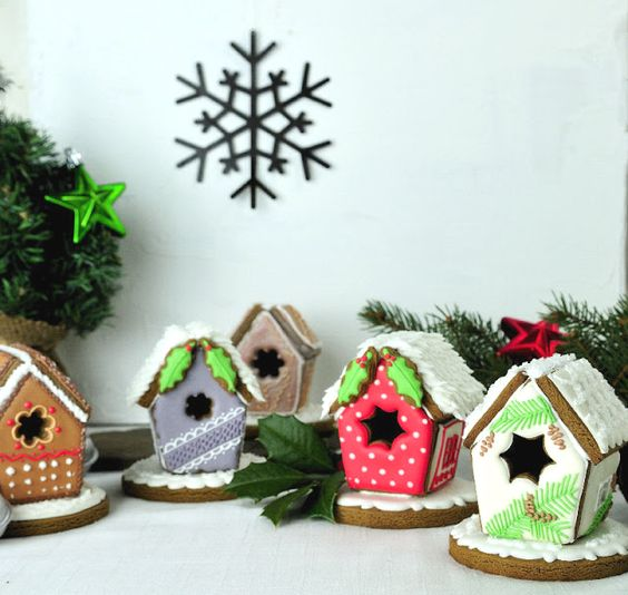 Cake Decorating Pueblo Co : Gingerbread, Birdhouses and Bird houses on Pinterest