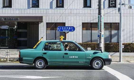 0960 http://sandman-kk.tumblr.com/post/137684807512#landscape #street #road #car #taxi #wall #tokyo #japan #instagood