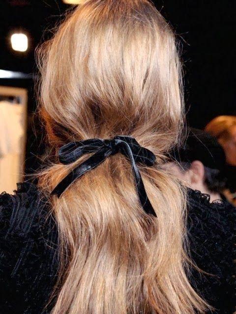 Brigitte Bardot-esque hair bow!