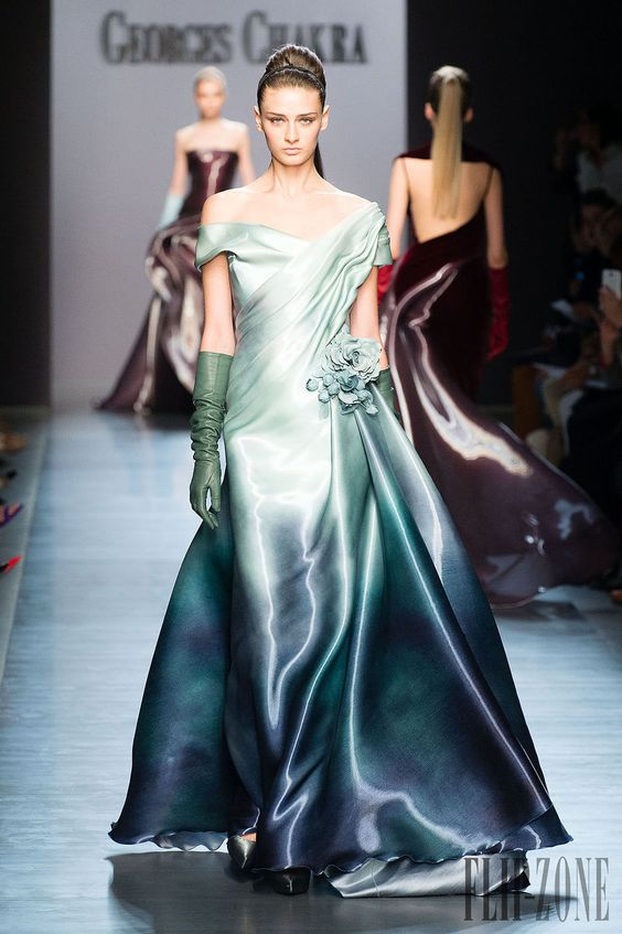 Georges Chakra Fall-winter 2014-2015 - Couture - http://www.flip-zone.net/fashion/couture-1/fashion-houses/georges-chakra-4814