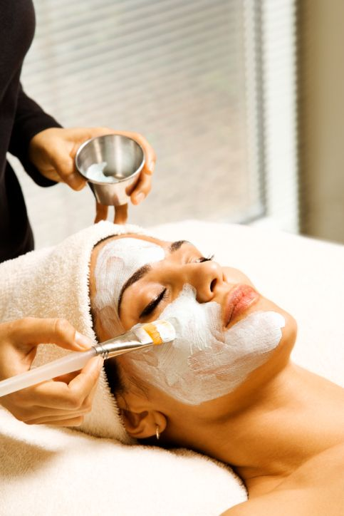 Esthetician Job Description How To Become An Esthetician How