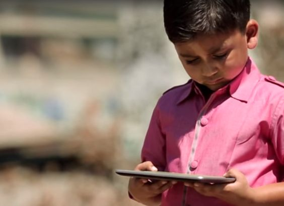 Issues de 33 pays, 136 équipes vont développer des logiciels éducatifs à destination des enfants défavorisés. Les projets lauréats seront testés en Tanzanie.