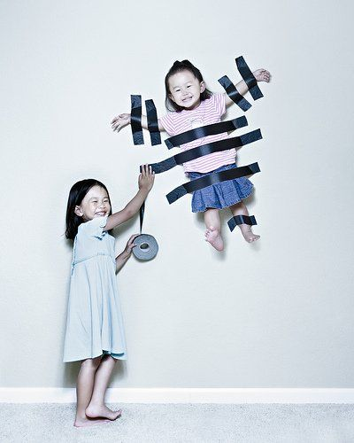 This photographer makes hilarious and creative photoshopped portraits of his kids, fun!