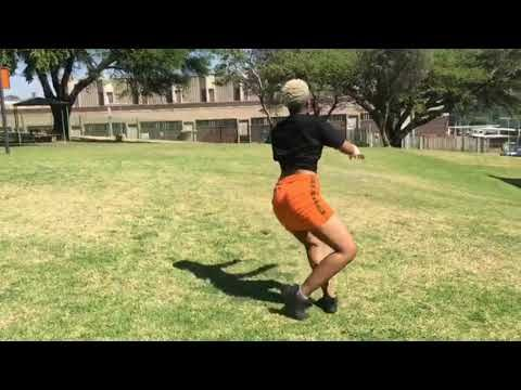 Love You Tonight Mfr Souls Kabzadesmall Dj Maphorisa Sha Sha Loveyoutonightdancemoves Youtube In 2020 Dance Moves Dj Dance