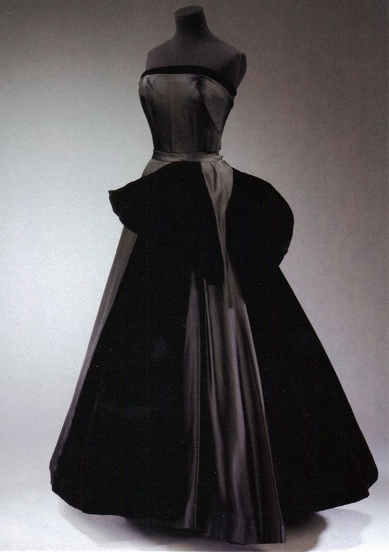 Image detail for -Cygne Noir&quot- (Black Swan) evening dress by ...