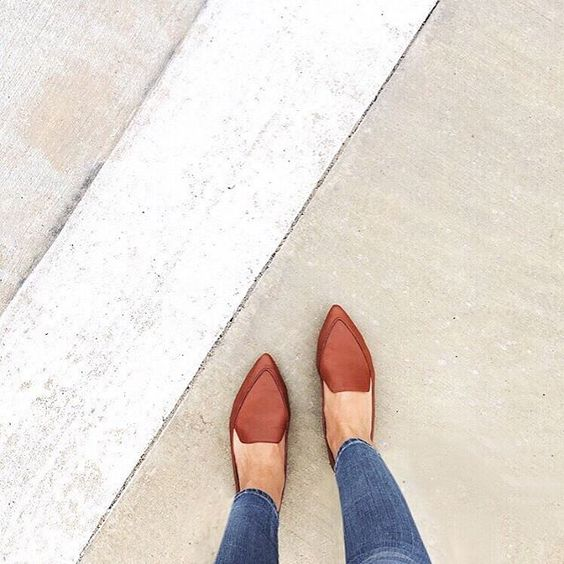 Madewell Lou Loafer in cognac, worn by our friend @sweetcarolinvd #wellheeled: