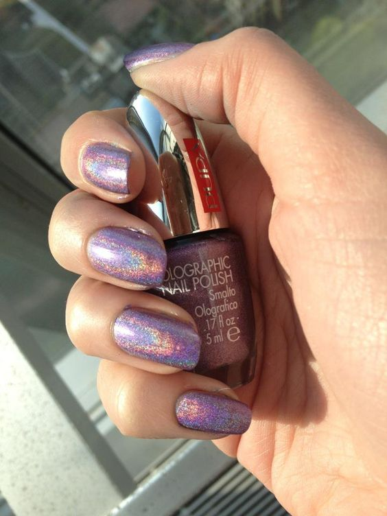 Holographic nail polish by PUPA