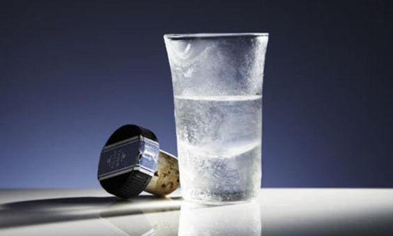 Как правильно пить водку (9 фото)