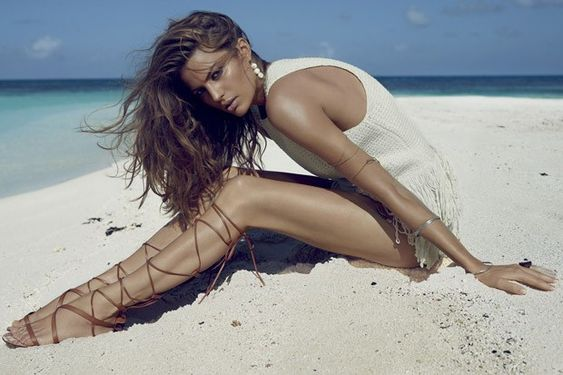 Cameron Russell by Miguel Reveriego for Vogue Spain