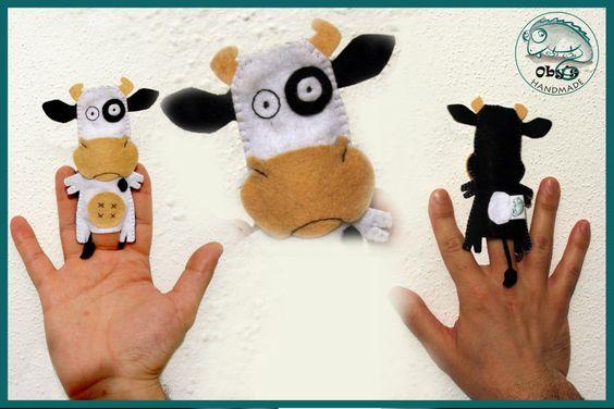 Finger puppet, felt cow - marionette da dita in feltro, la mucca Liselotte.