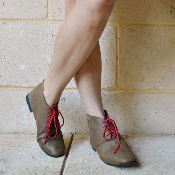 olive leather desert boots | Handmade by Carolyn | Bloglovin'