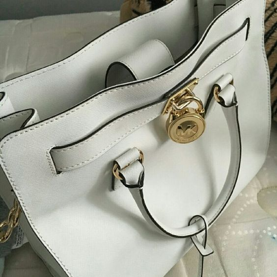 Original Michael Kors purse with wallet I've only used it once also comes with dust bag Bags Shoulder Bags