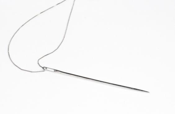 White gold needle #minimal #fashion #pendant #graduate #jewel #acessories #necklace