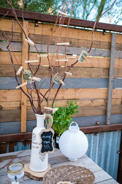 "A ""money tree"" for cash wedding gifts instead of a card box {Maite Photography}"